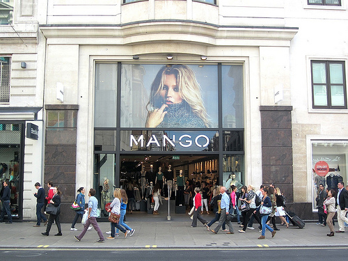 讓碩士生涯更貼近社會,在倫敦 Mango 打工
