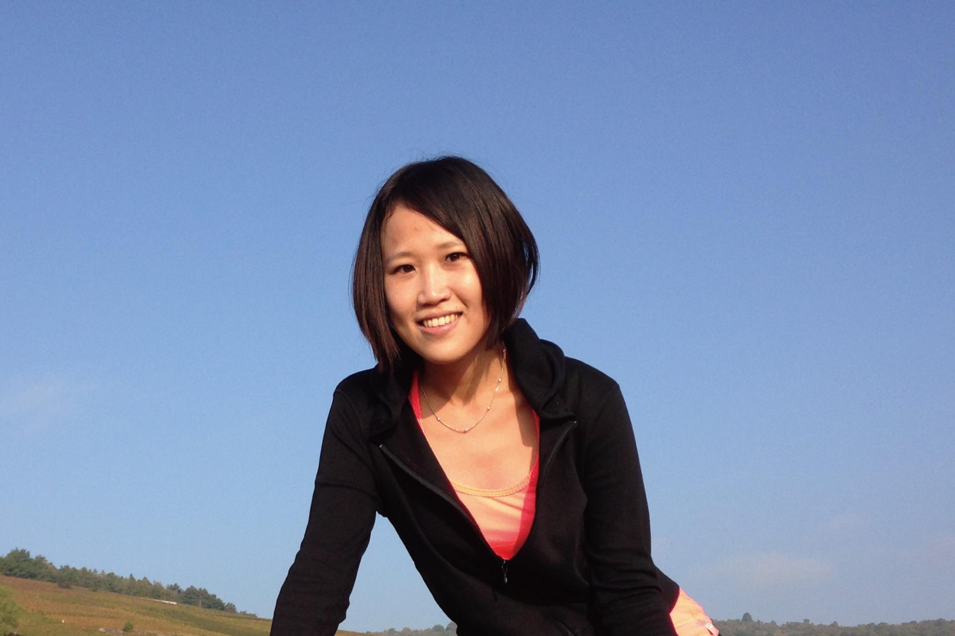 從一萬個小時芽菜邁向華人植村秀-綠藤生機創辦人 Evelyn Liao