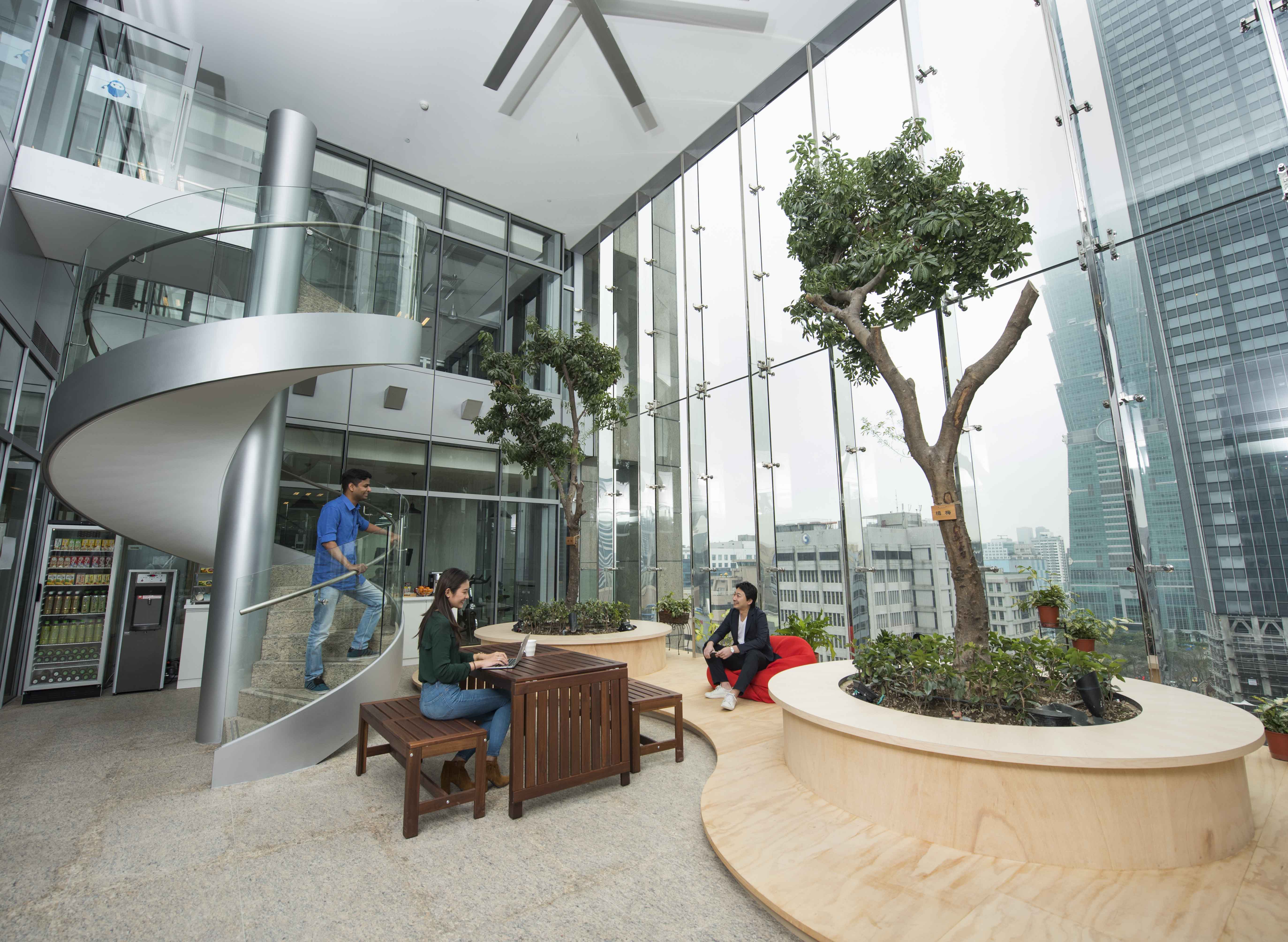 Appier辦公室:室內公園