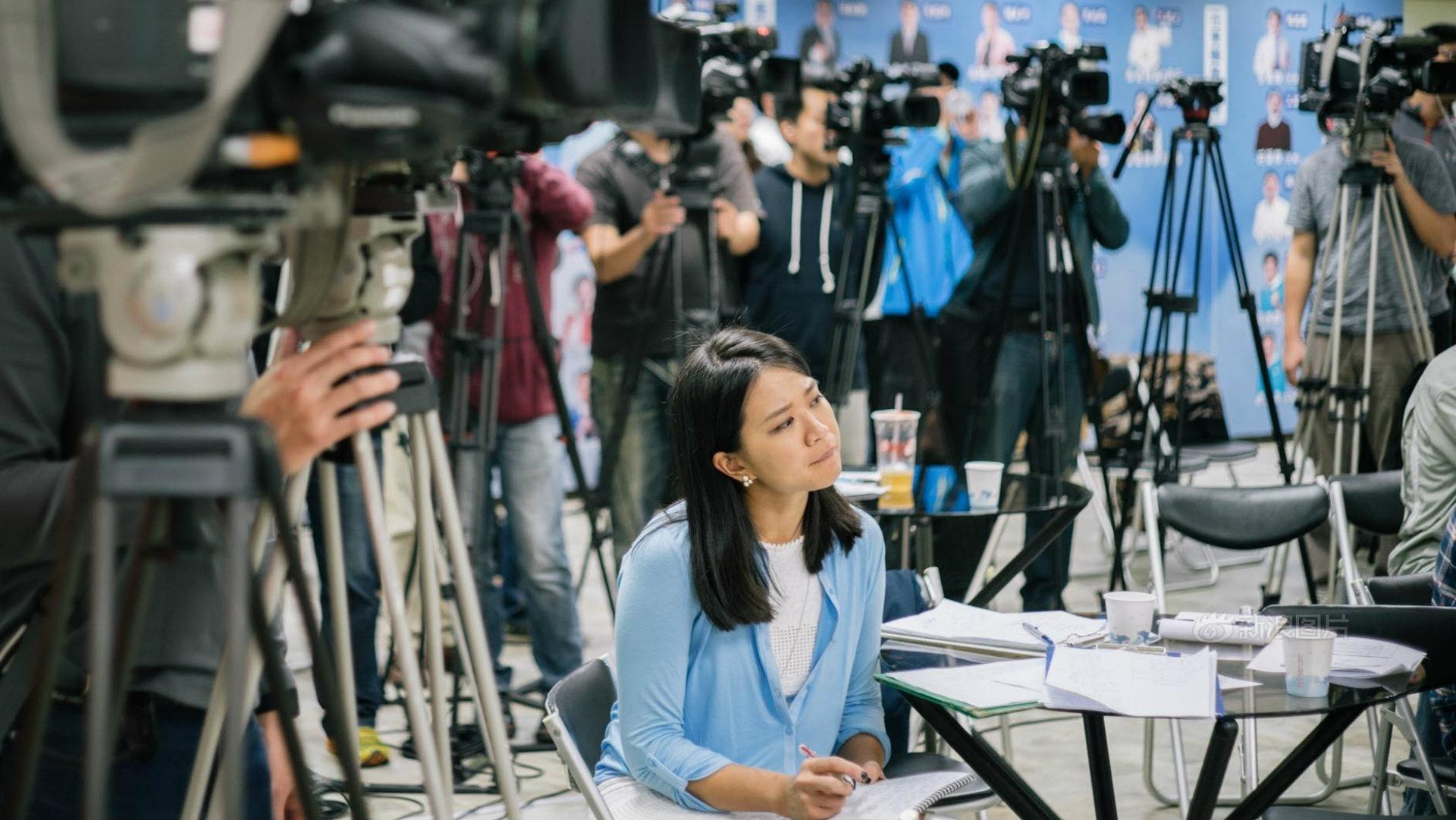 【語音專訪新聞】要好奇、要執著,記者是一種生活方式- 新浪新聞駐華府負責人家婕