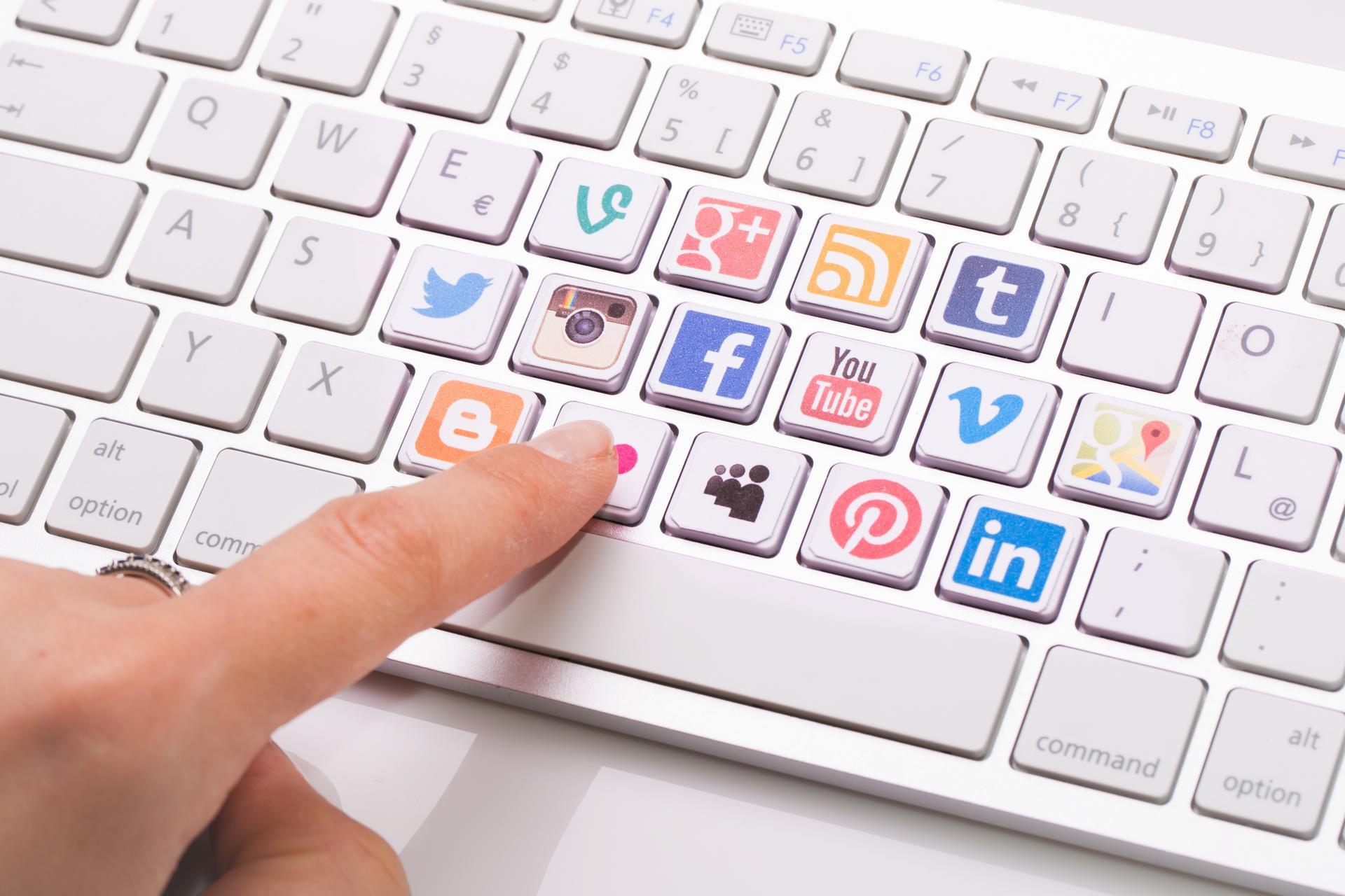 【未來的職場系列】新世代人才:妥善經營社群平台,讓你的臉書動態成為原生履歷