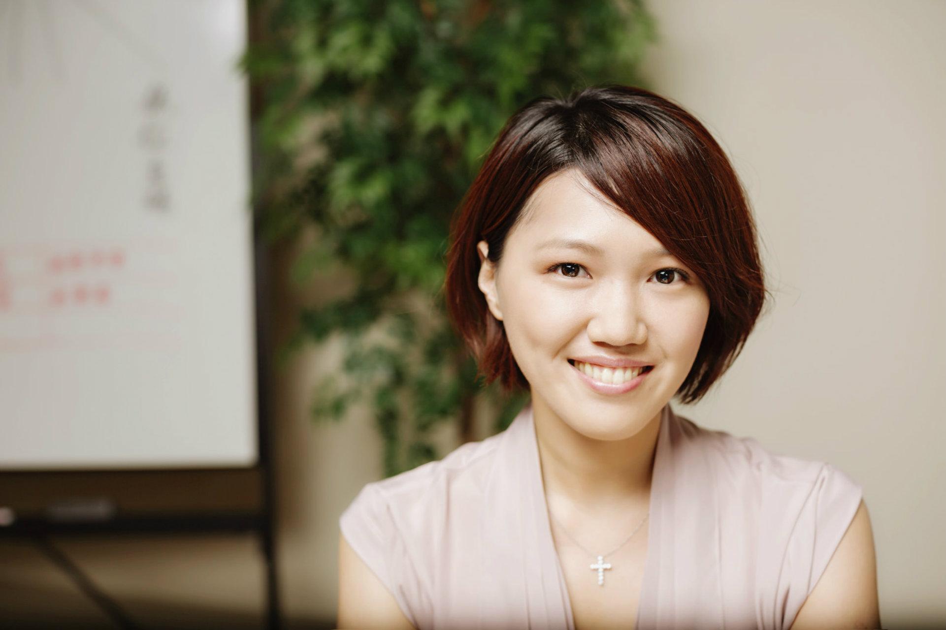 行銷和你想的不同 - 從美妝到美國生技公司 Scanadu 行銷經理 Elinor