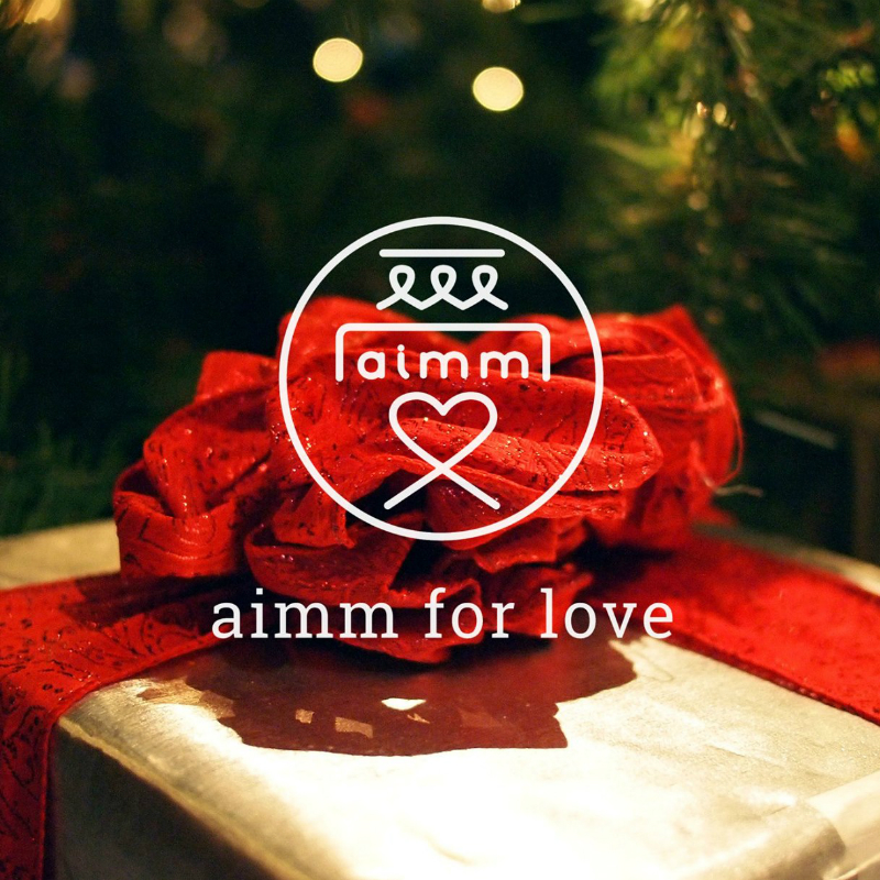 Ai 就是中文的愛,我們的 logo 就是一個愛字