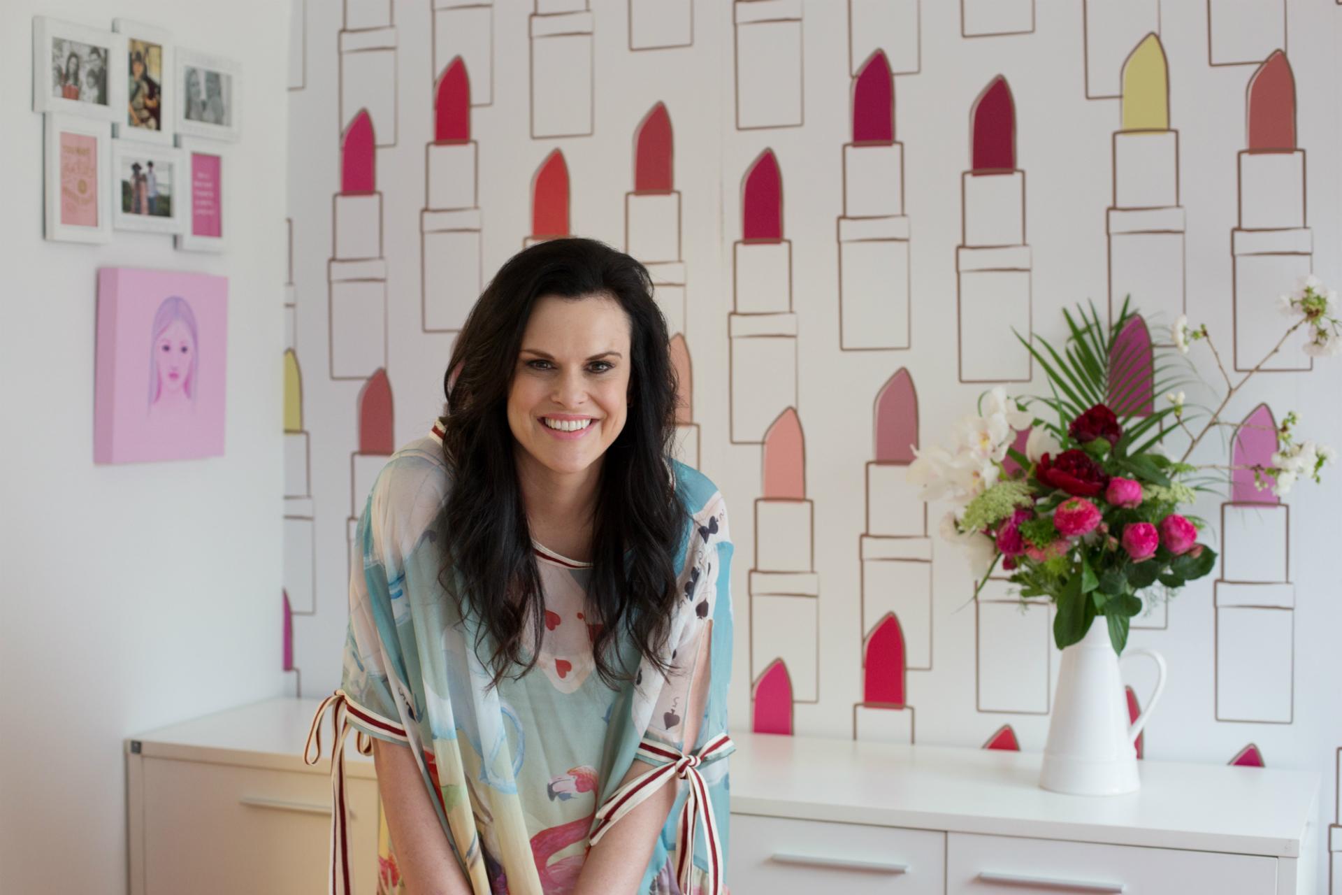從喜歡花和口紅的女孩,到經營跨國品牌的創業家 - 紐西蘭天然口紅品牌創辦人 Karen Murrell